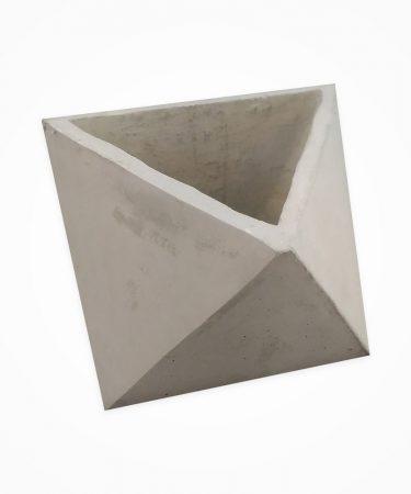 گلدان بتنی مدل مثلثی بزرگ (پک 6 عددی)