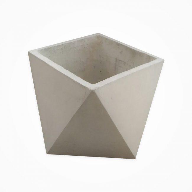 گلدان بتنی مربع مثلثی بزرگ (پک 6 عددی)